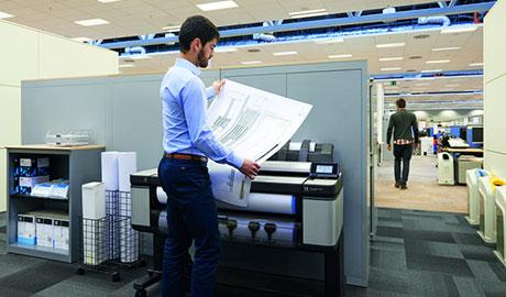 高い生産性と高機能を兼ね備えた大判インクジェット複合機