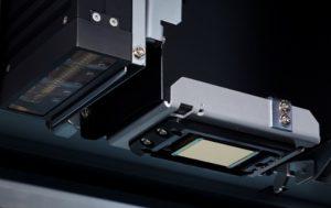 高精細な印刷を実現する新しいプリントヘッドとLEDランプ